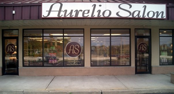 Aurelio Salon Howell